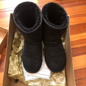 Authentic UGG classic Boots